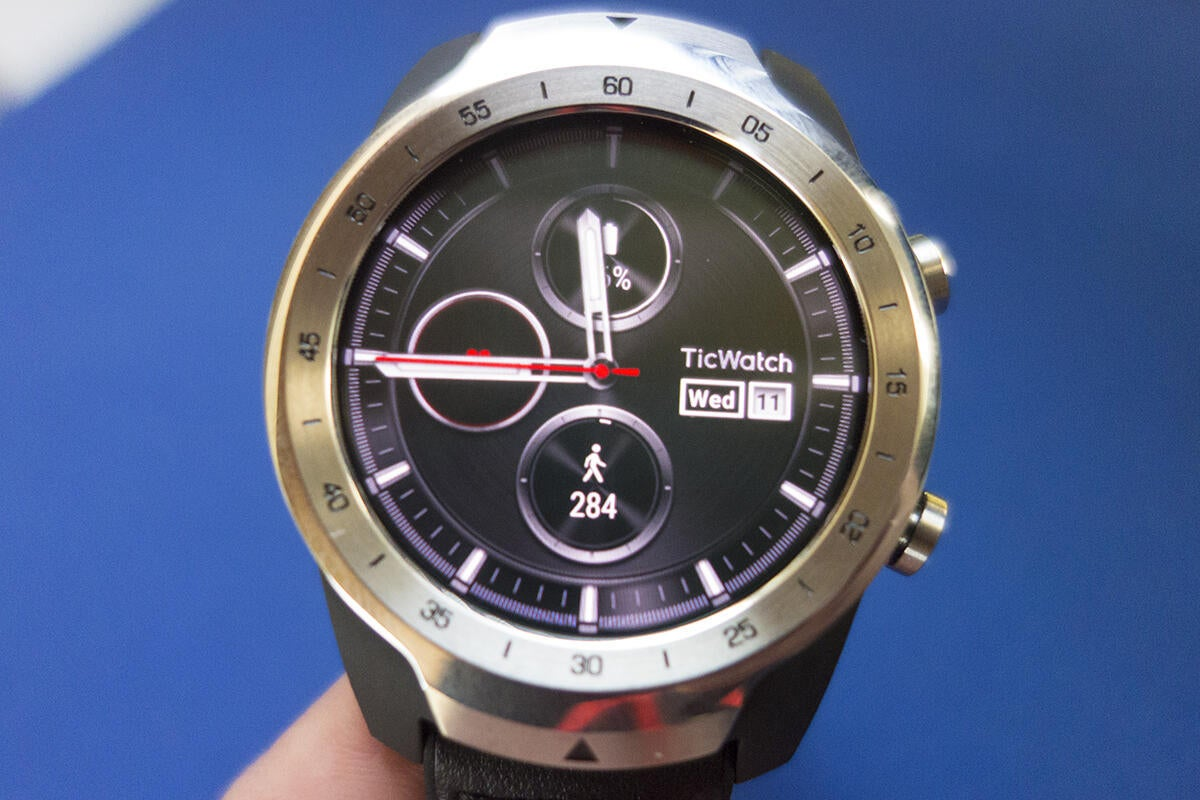 photo image Mobvoi TicWatch Pro review: A second screen doesn't solve any of Wear OS's problems