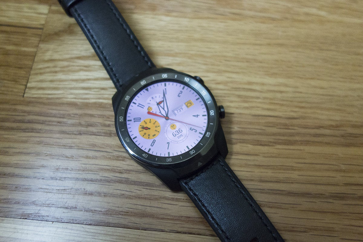 Mobvoi TicWatch Pro review: A second screen doesn't solve