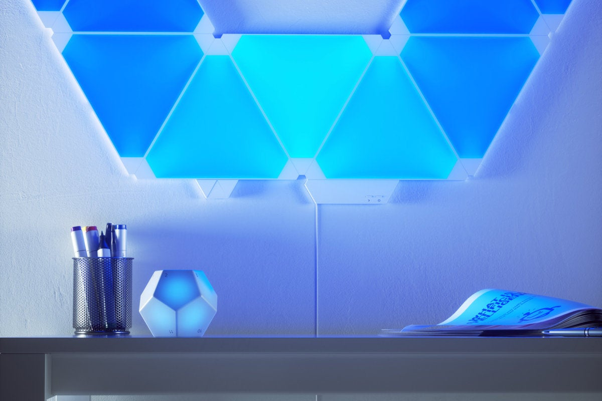 nanoleaf remote in use