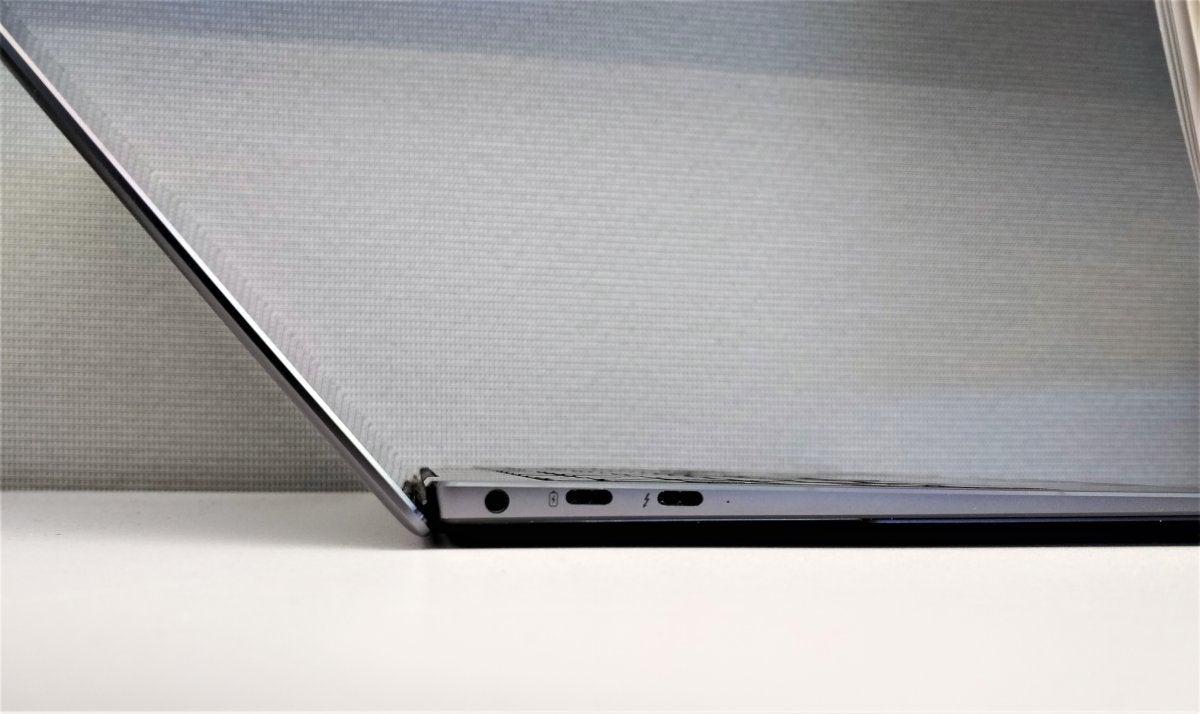 Huawei Matebook X Pro side