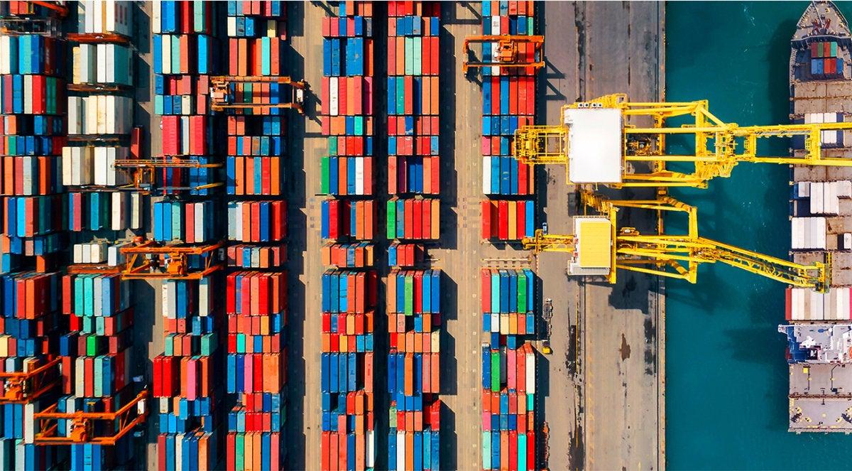 TradeLens supply chain shipping blockchain
