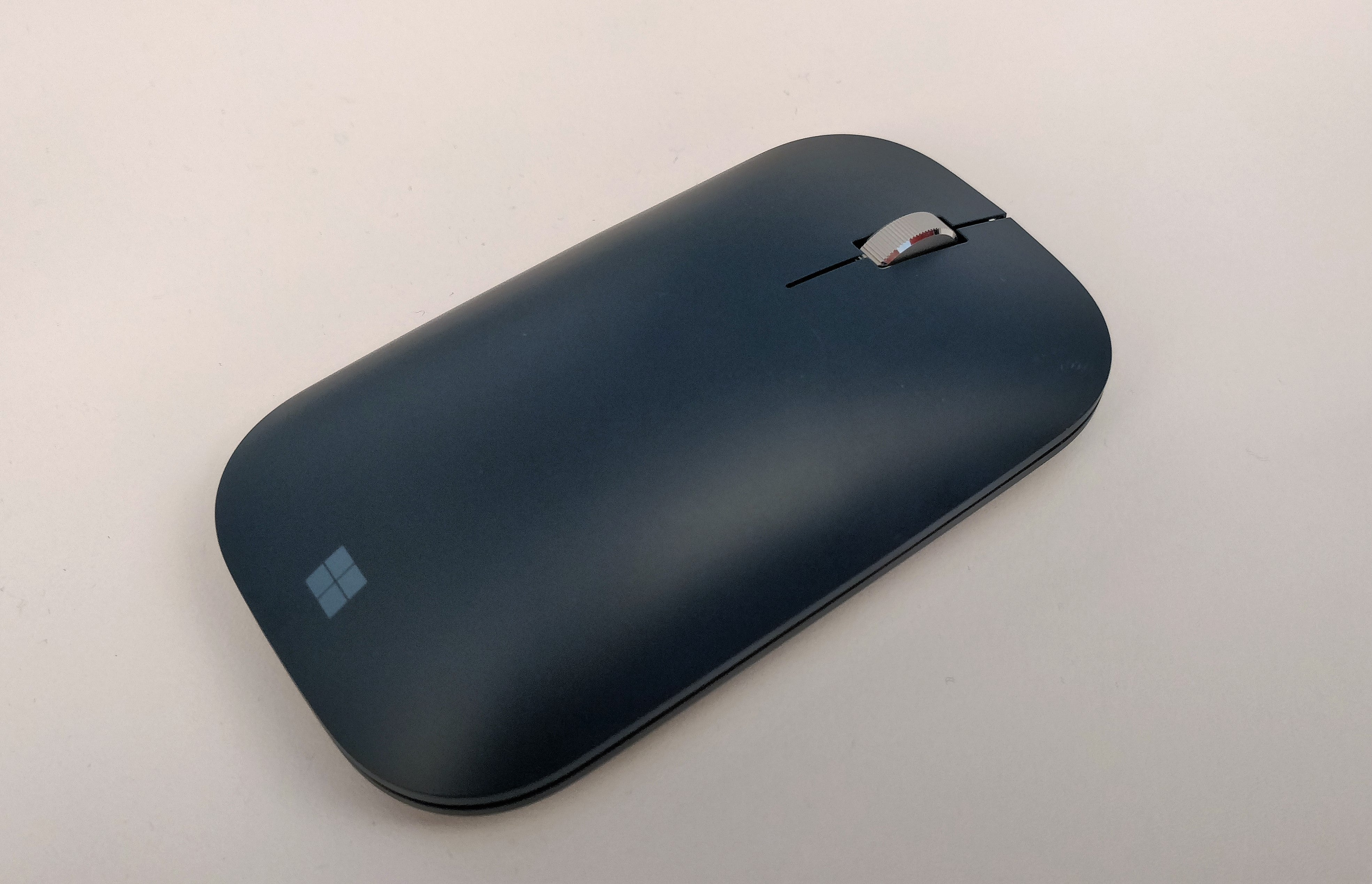 connect surface mouse how to