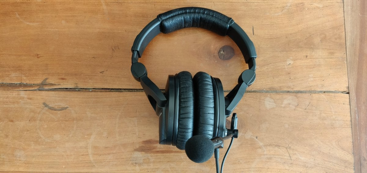 Antlion ModMic 5 review: The best headset mic you can get