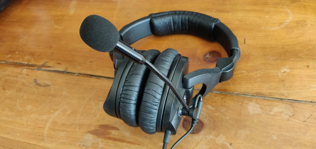Antlion ModMic 5 review: The best headset mic you can get, but is it