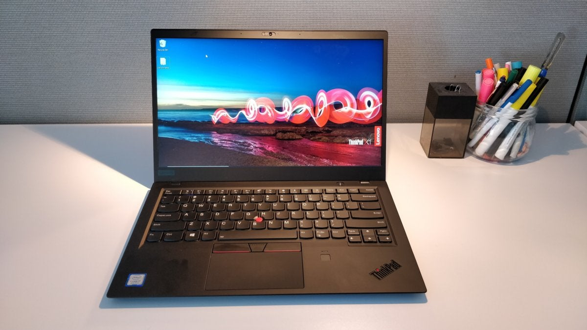 Lenovo ThinkPad X1 Carbon (6th Gen) review: A business