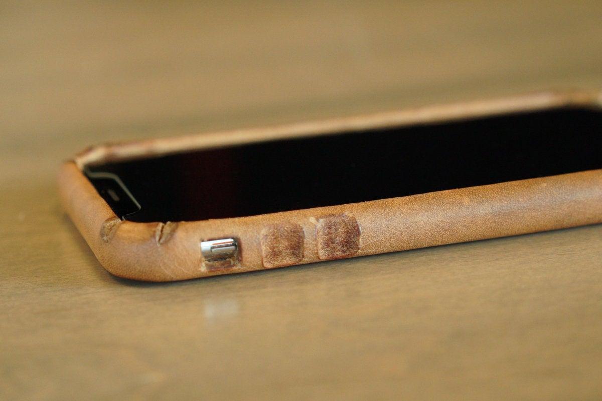 saddleback boot leather iphone case notches