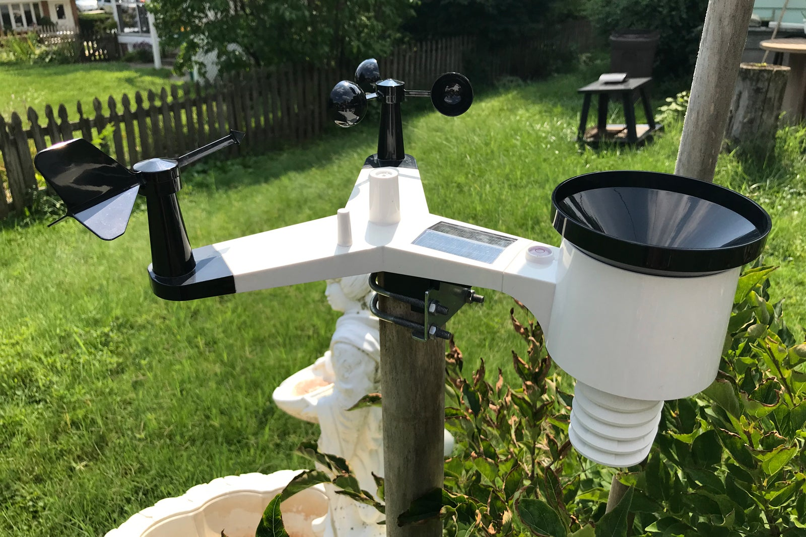 ambient weather ws 2902 osprey weather station review the best choice for smart home buffs. Black Bedroom Furniture Sets. Home Design Ideas
