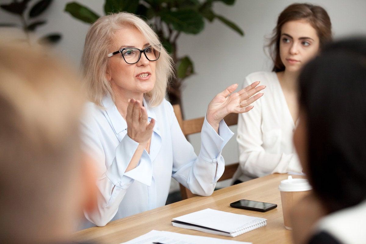 5 captain is mentor boss leadership teacher business meeting presentation