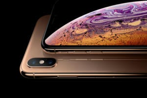 Apple iPhone XS and XS Max [Gold] > front/back shot of comparable size