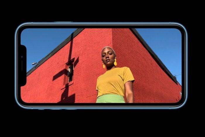 iphone xr цветная жидкая сетчатка