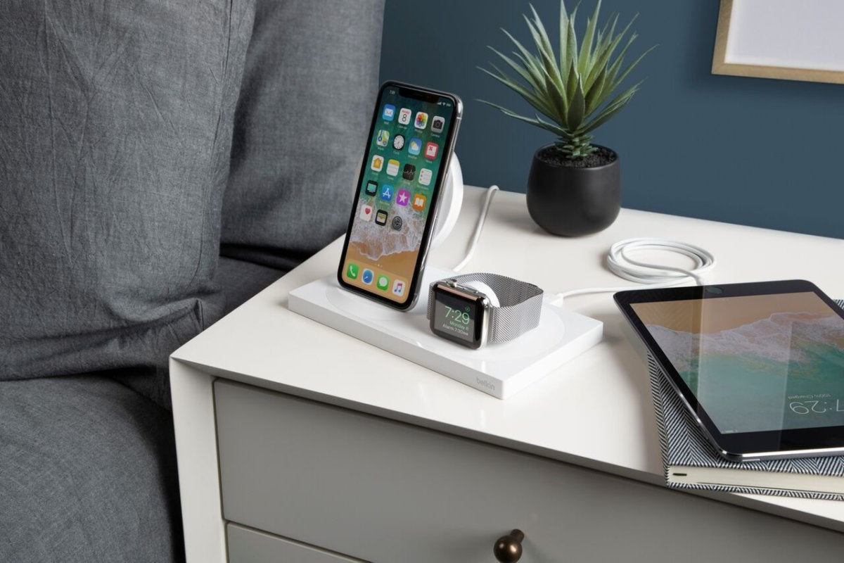 Belkin Introduces BOOST↑UP Wireless Charging Dock Enhanced For iPhone XS, iPhone XS Max, iPhone XR A