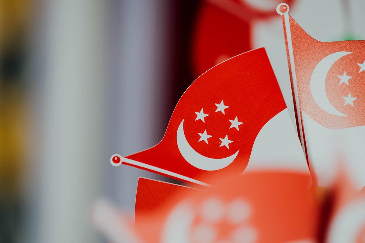 Flag  >  Singapore