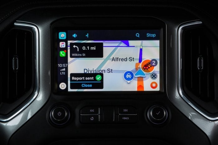 Waze now supports Apple CarPlay | Macworld