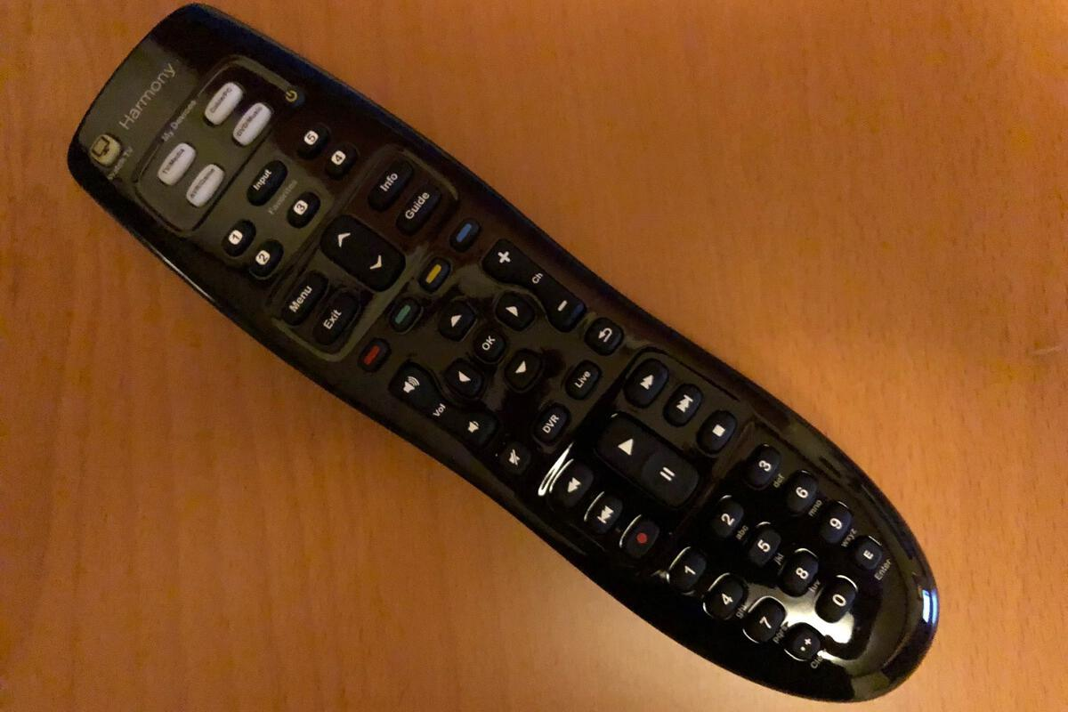 Logitech Harmony 350 review: Only the basics in a universal remote