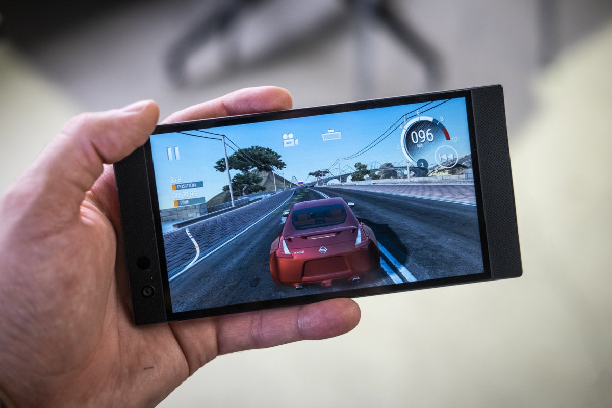 Razer Phone 2 review: Still the best gaming phone | PCWorld