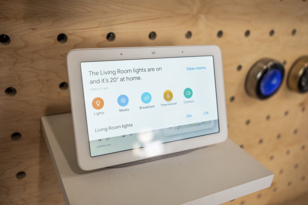 Google Home Hub hands on: Is there an Echo in here? | TechHive
