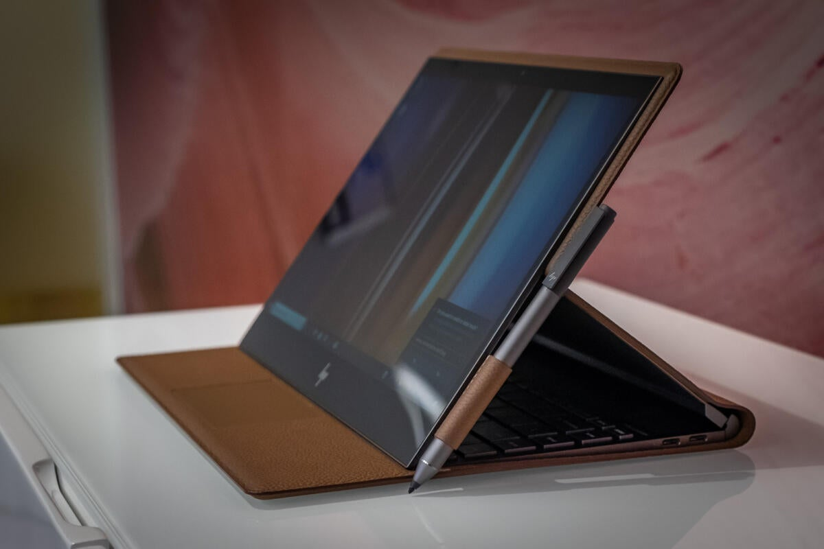 Hp Spectre Folio Review This Lightweight Leather Laptop