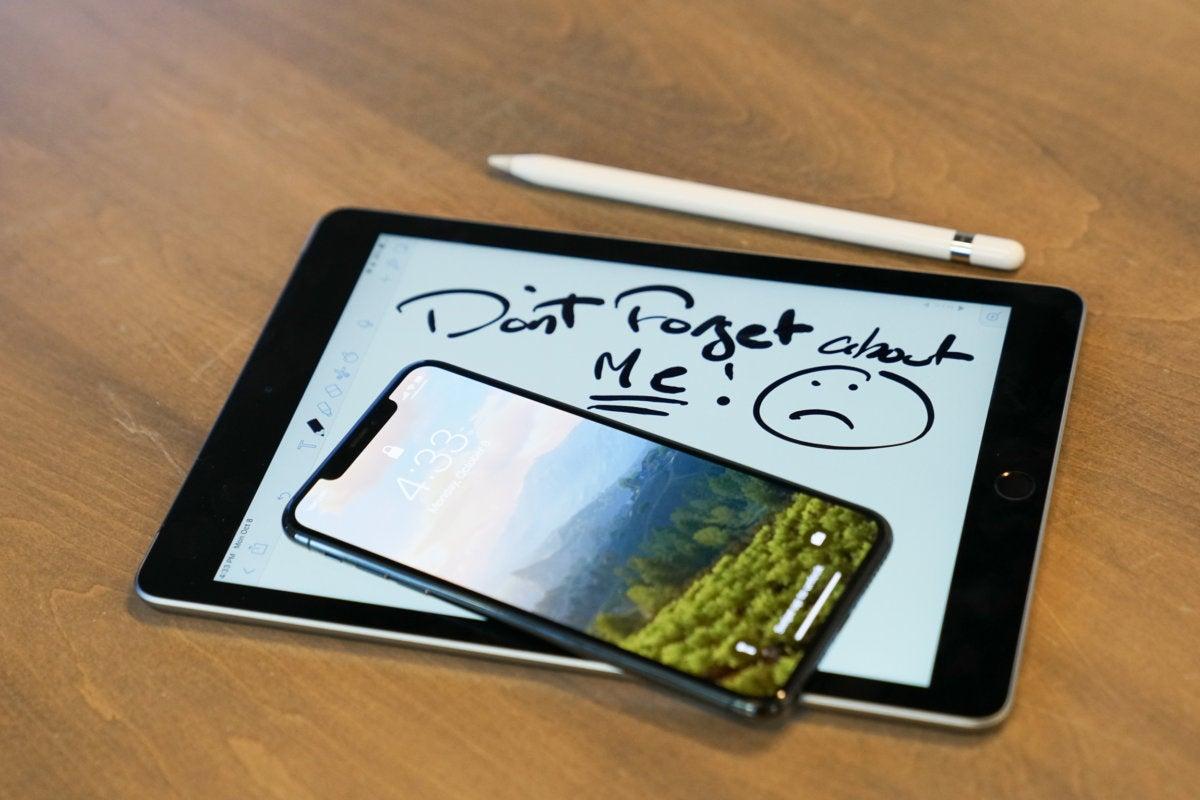 iphone xs max and ipad