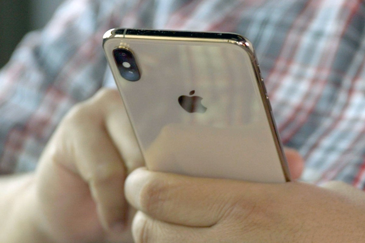 iphone xs max gold back
