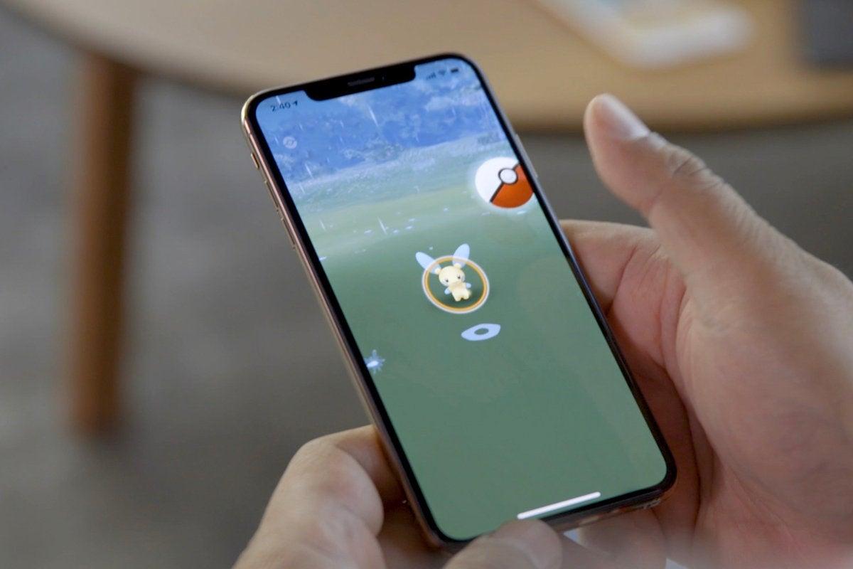 iphone xs max pokemon go