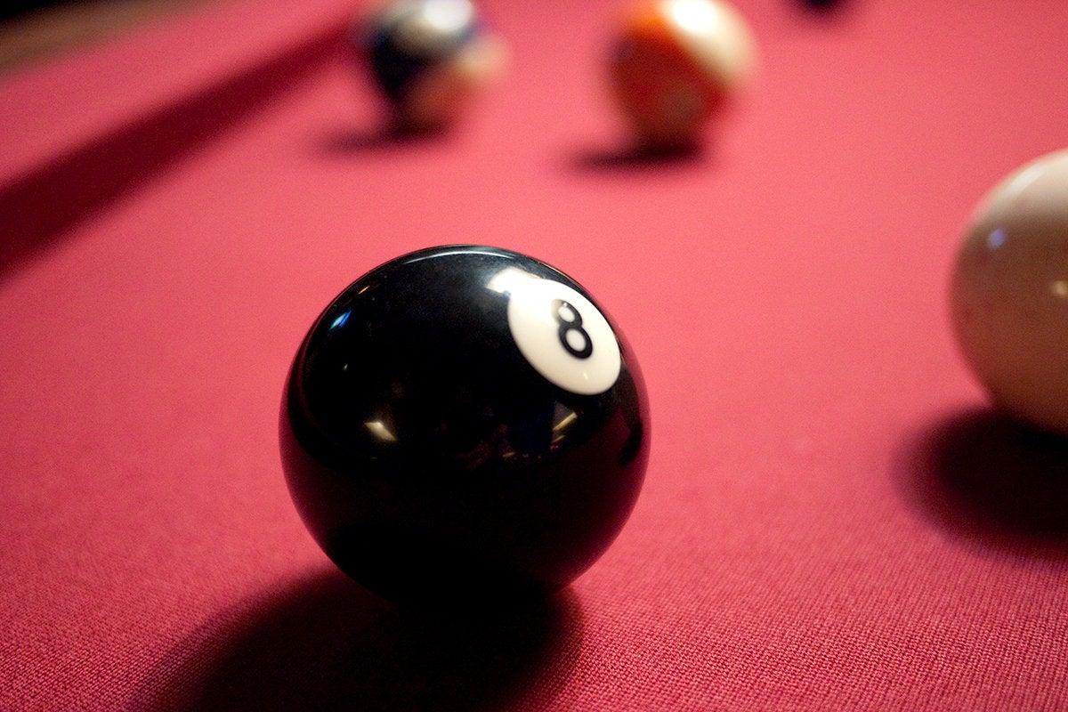Lucky 8-ball