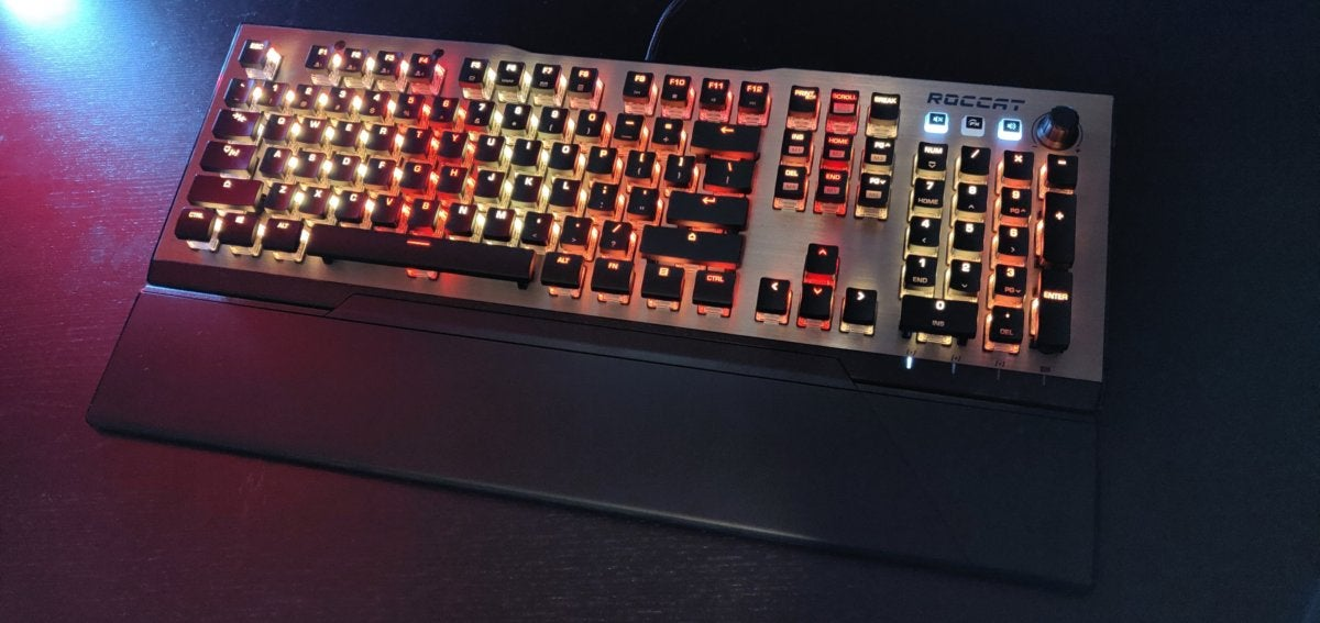 6a567132f53 Roccat Vulcan 120 Aimo review: Cherry-style RGB switches done right ...