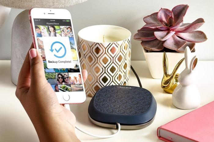 sandisk ixpand iphone charging base