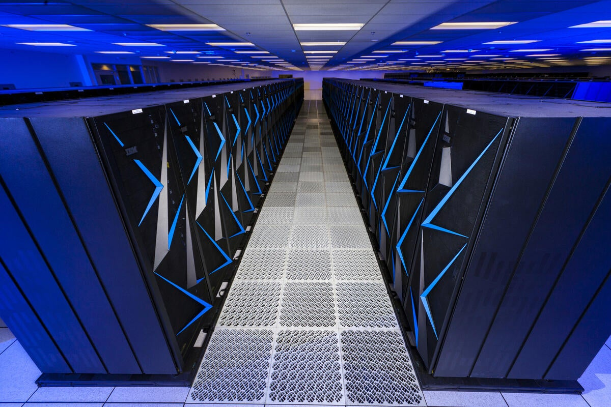 Cracks appear in Intel's grip on supercomputing