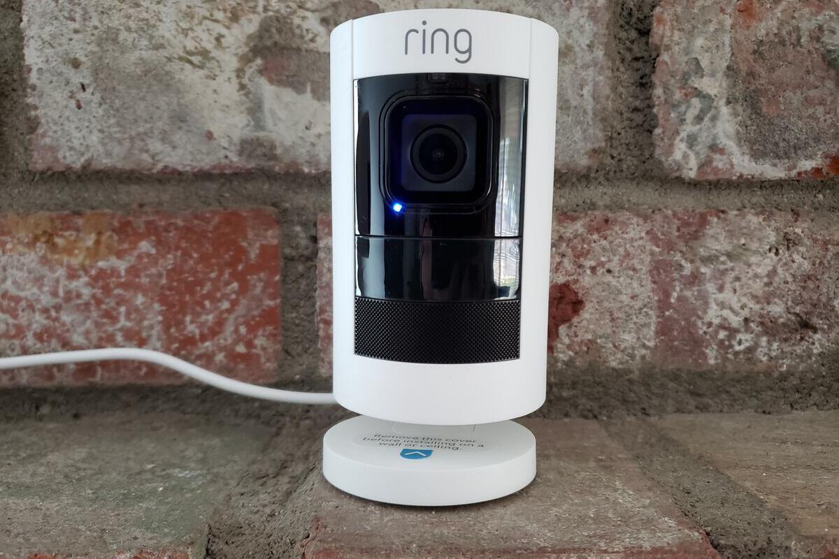Ring Stick Up Cam Wired 2018 Review Ring Finally Has An