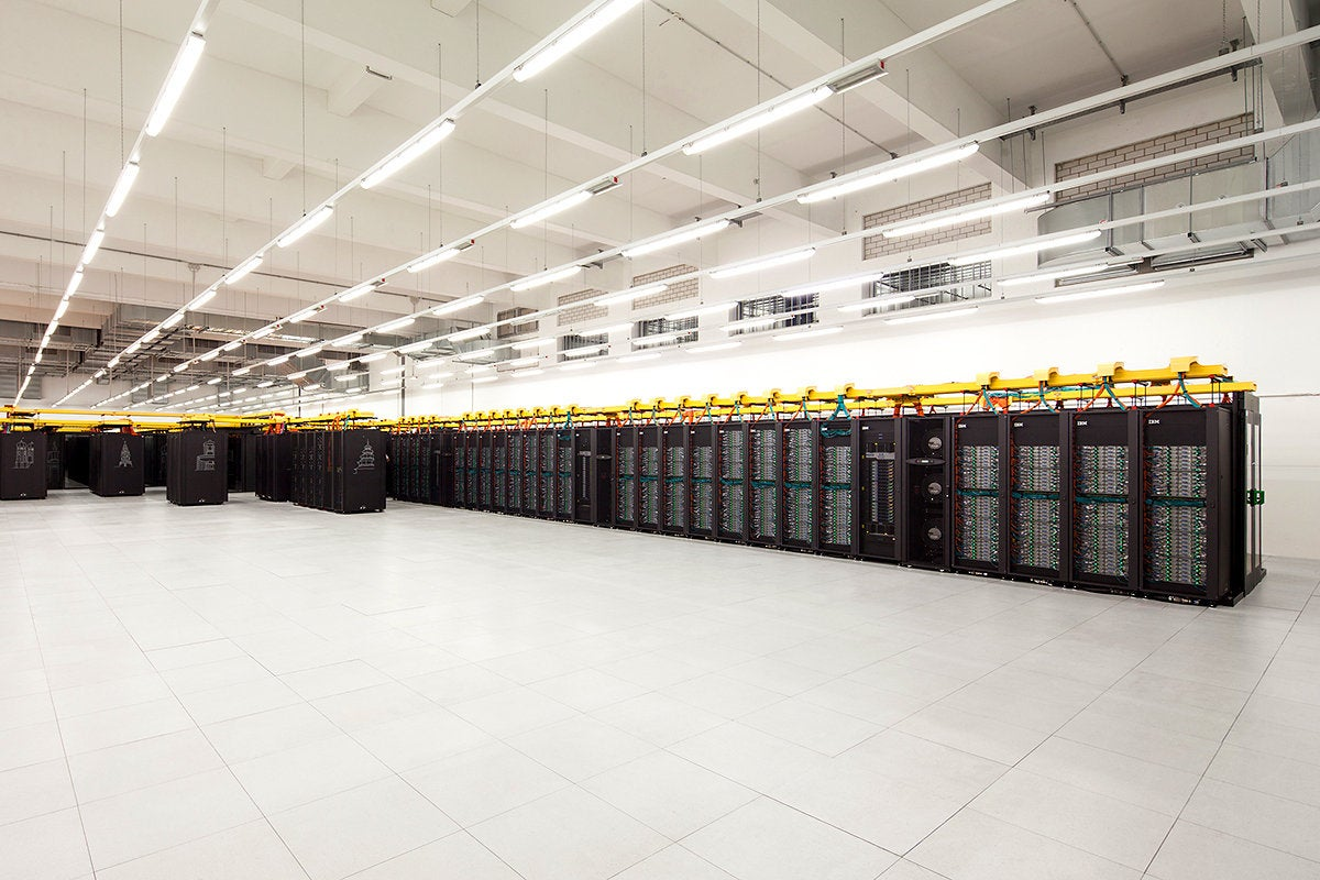 General view of the SuperMUC-NG, LRZ / Leibniz Supercomputing Centre, Garching bei München, Germany