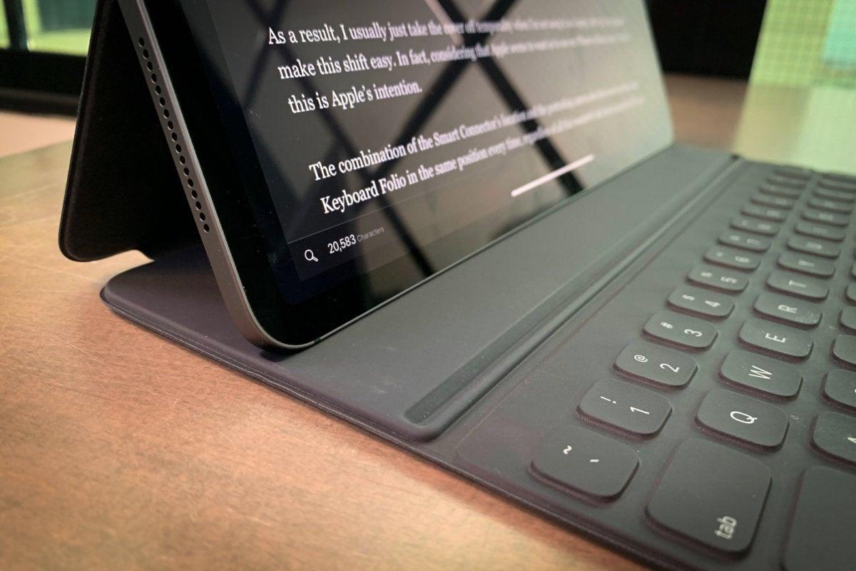 ipad pro smart folio keyboard
