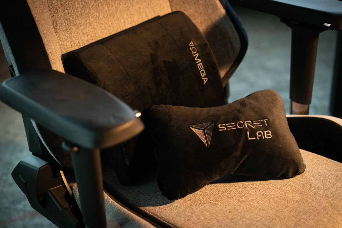 secretlab softweave omega cushions