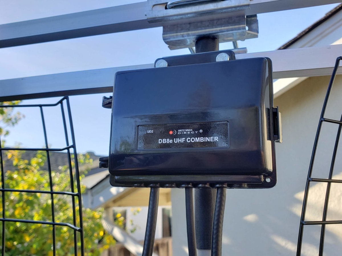 Antennas Direct Db8e Review This Large Roof Mount Tv