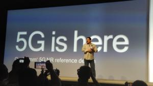 qualcomm snapdragon tech summit  reference design on stage