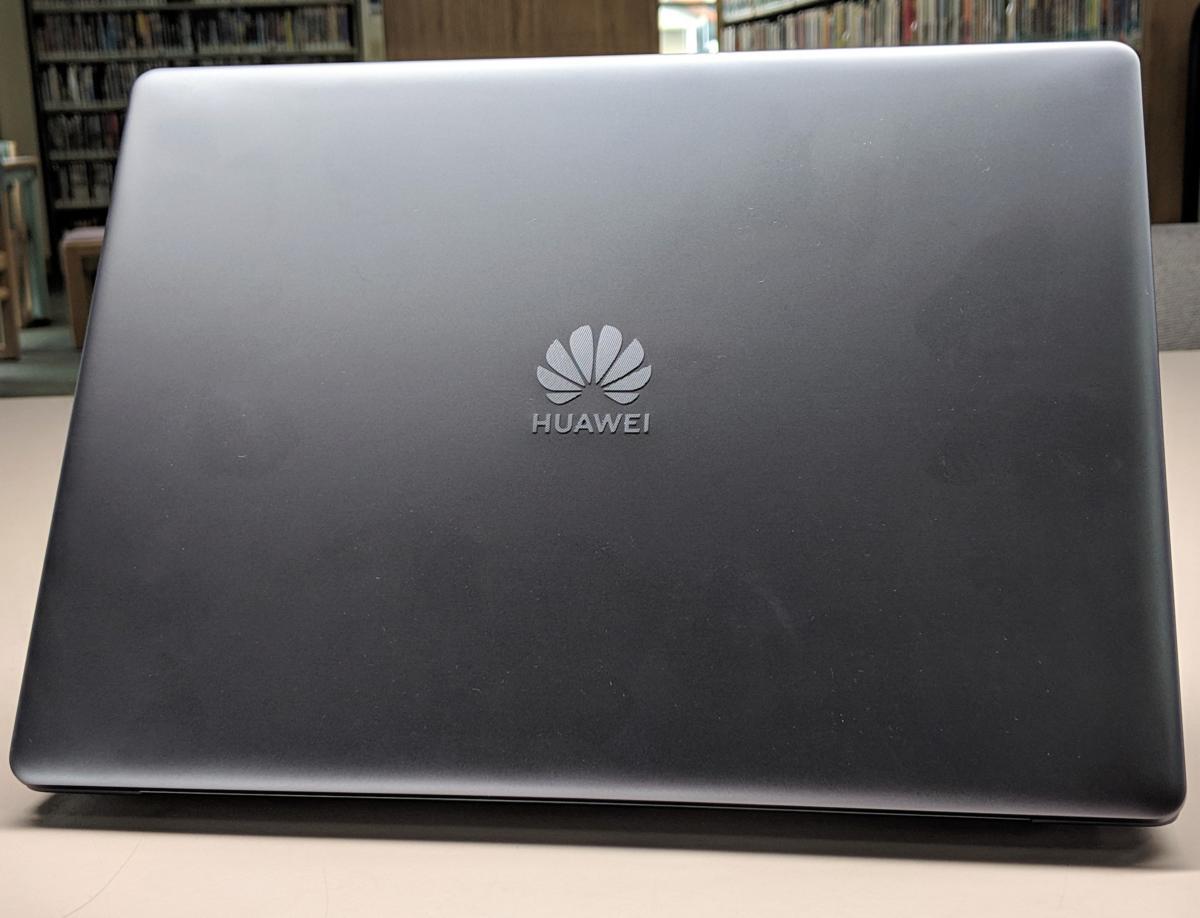 Huawei Matebook 13 back