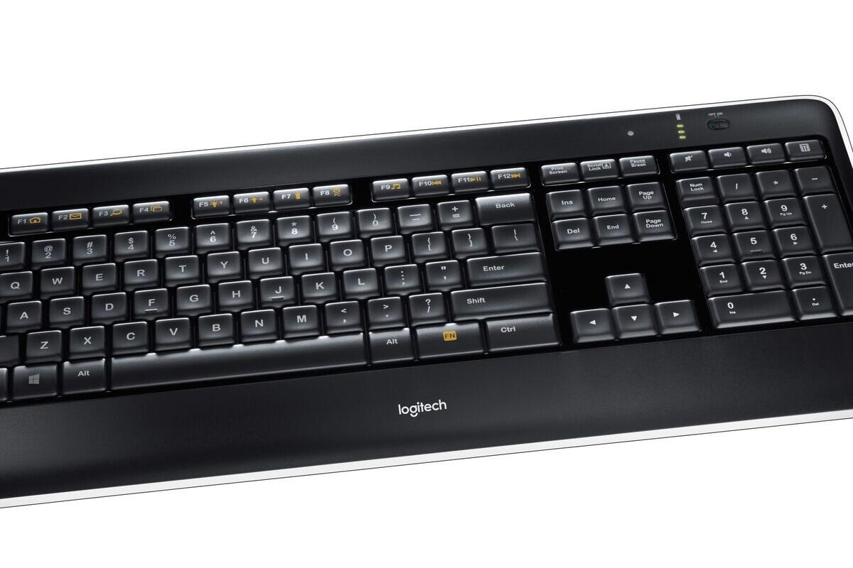 logitech wireless illuminated keyboard k800 1