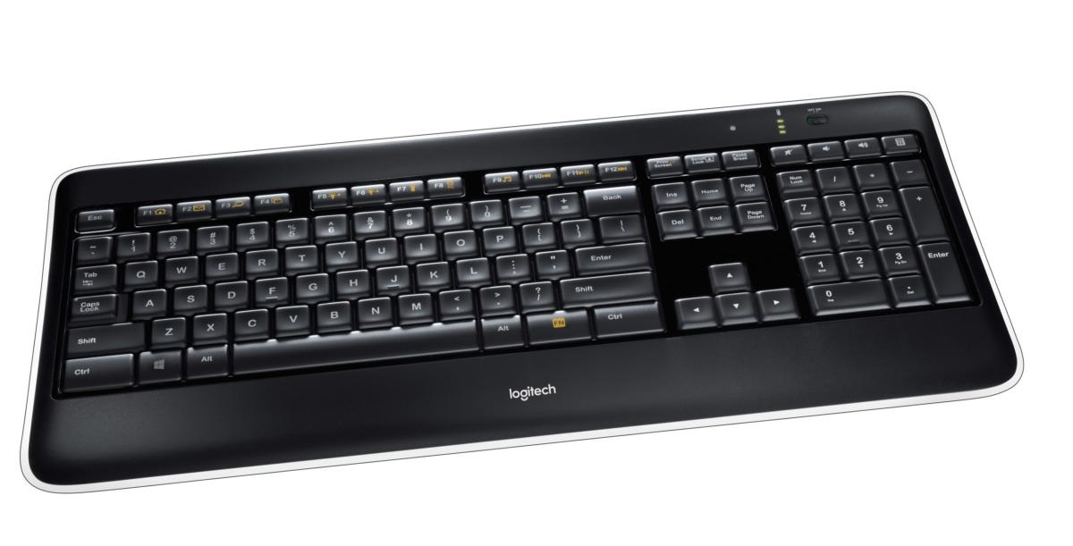 logitech k800 wireless illuminated keyboard providing the light to work into the night pcworld. Black Bedroom Furniture Sets. Home Design Ideas
