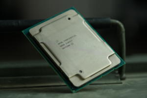 Xeon W-3175X 28-core Intel CPU