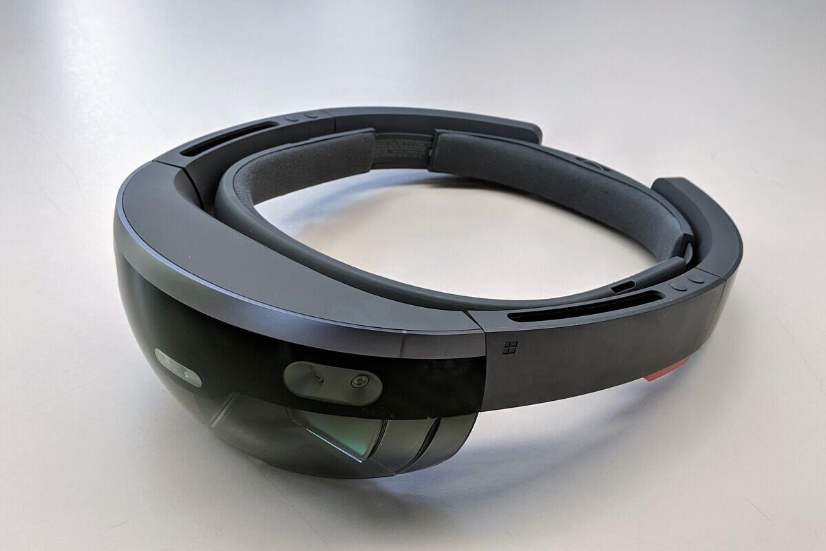 What the new Hololens needs to succeed