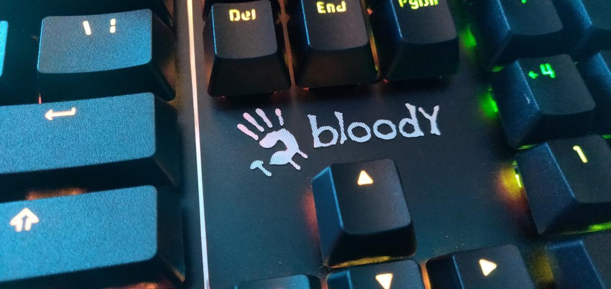 Bloody B975