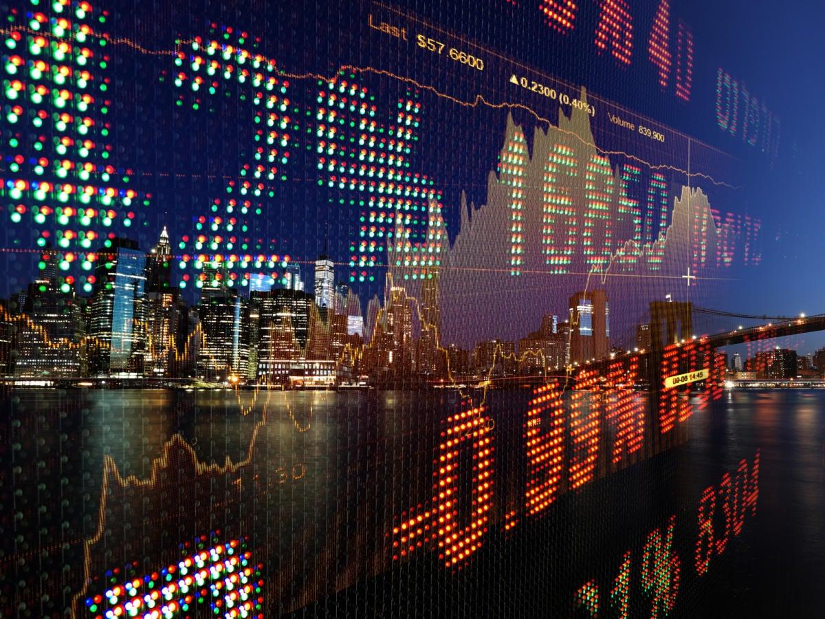 financ stock market skyline