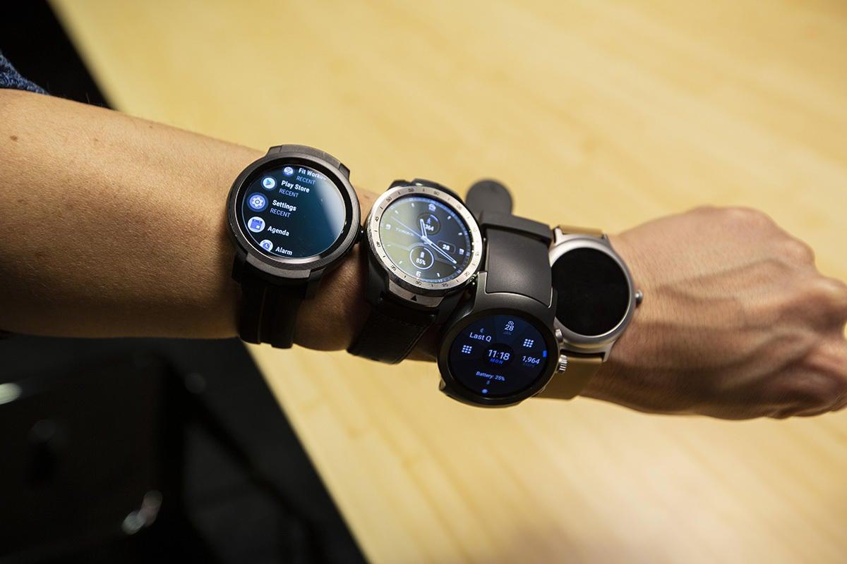 mobvoi ticwatch e2 wrist