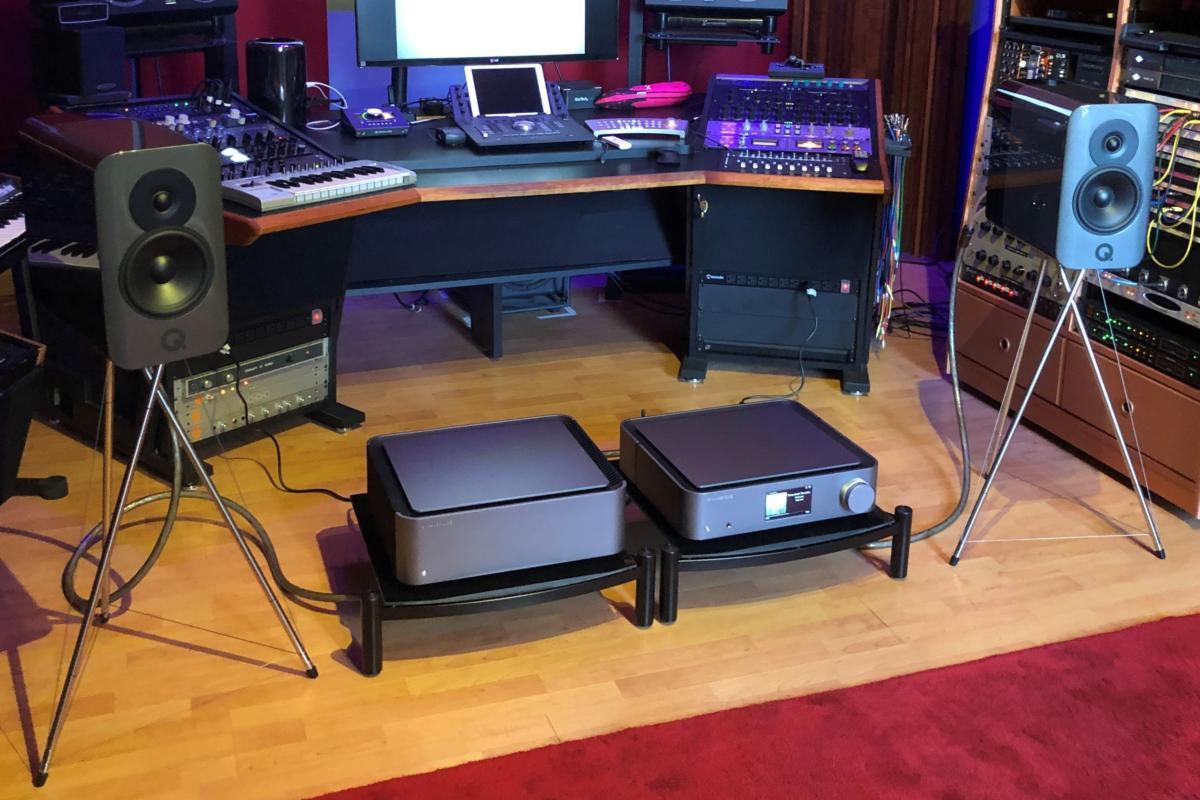 q acoustics concept 300 at demo