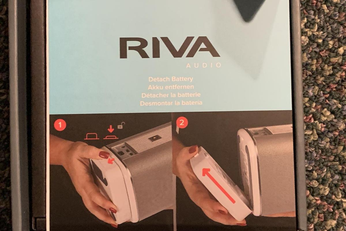 The Riva battery pack is a snap to connect.