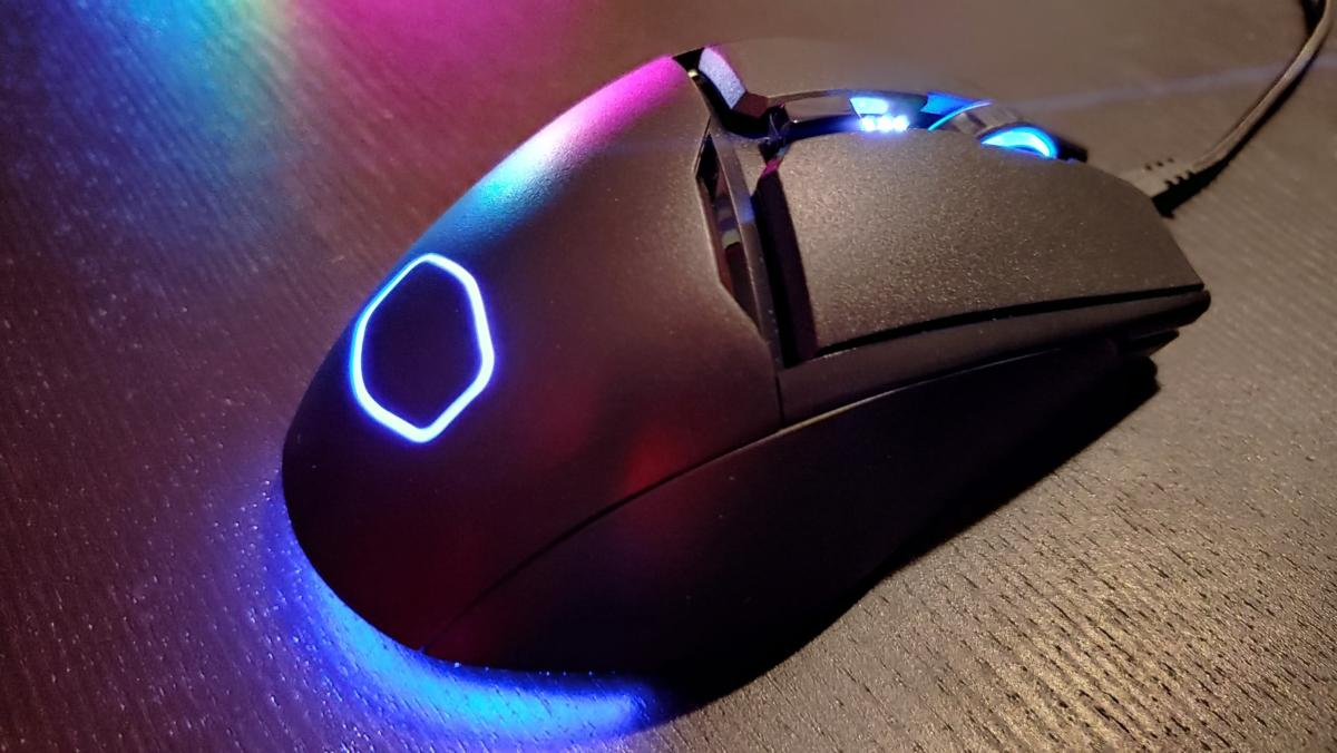 Cooler Master MM830 review: Its gimmicks are unnecessary
