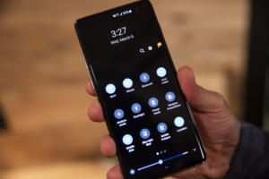 Galaxy S10 set-up tips: 10 features to check out first
