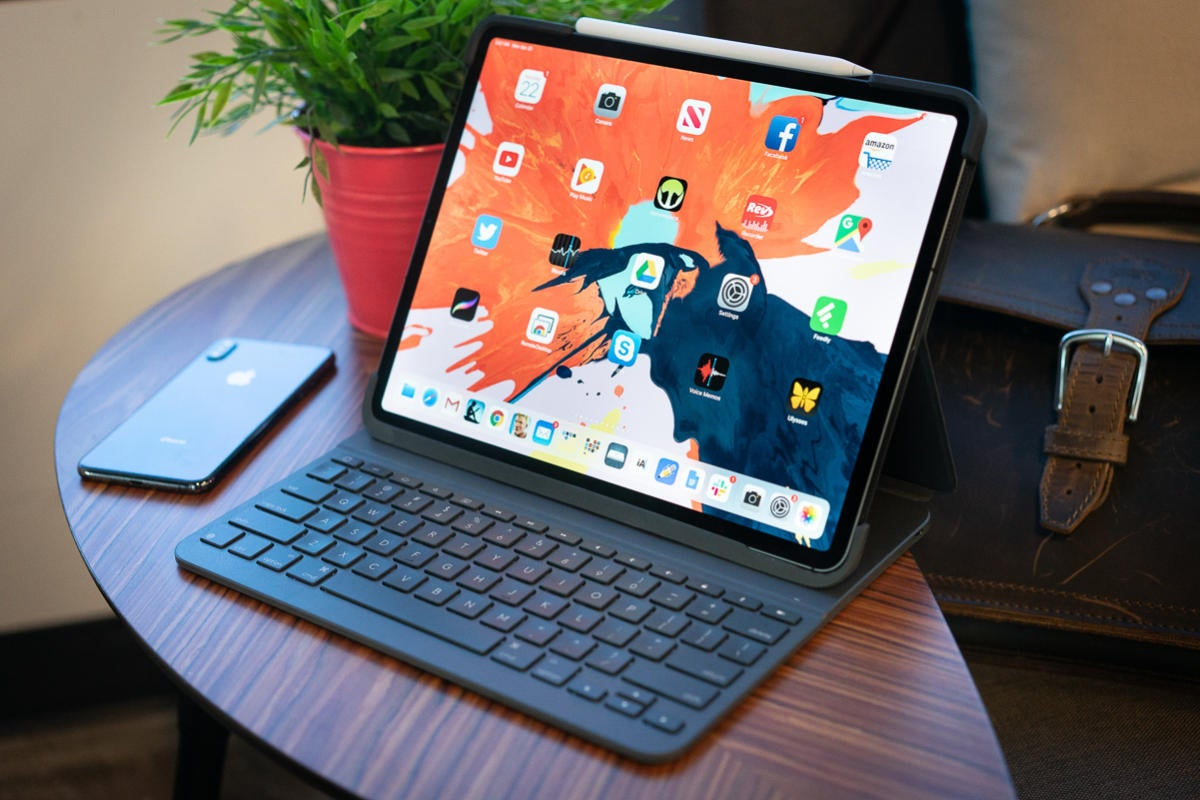 logitech slim folio pro keyboard case    ipad pro review  ipad keyboard fit