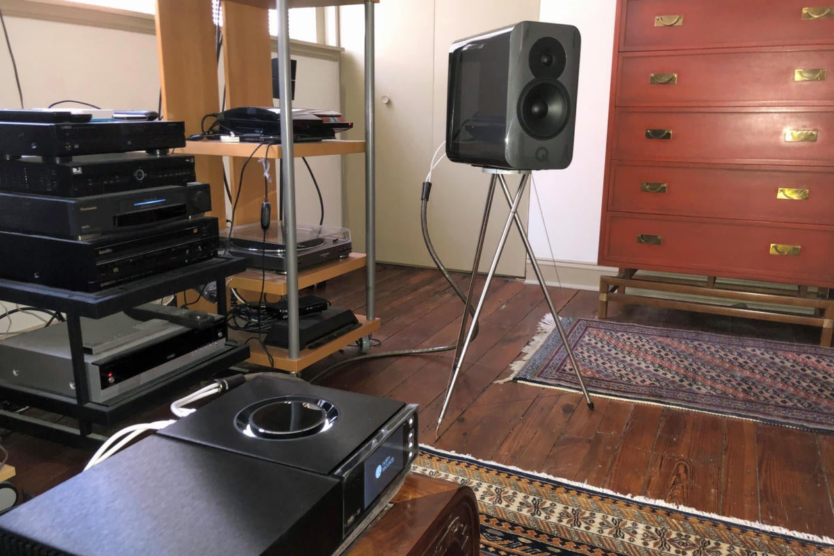 q acoustics concept 300 image 1a