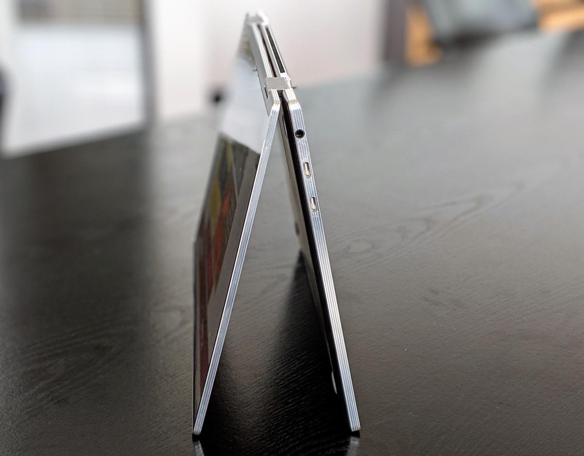 Samsung Notebook 9 Pro tent mode