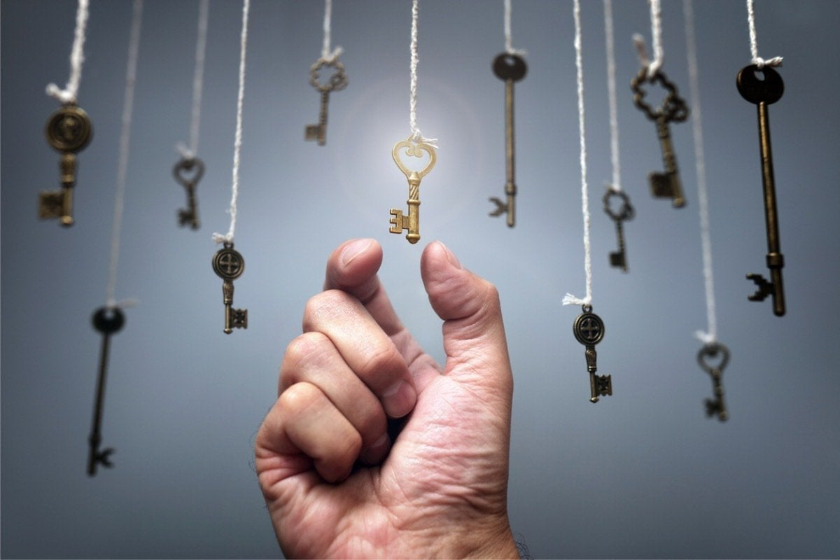 choosing the key to success picture id607301436